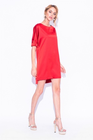 Satin dress with short sleeves