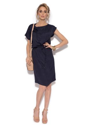 Casual single colour dress