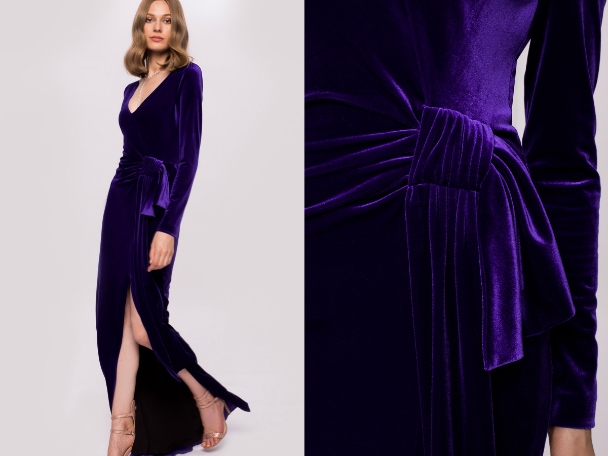 Lateral slit velvet dress