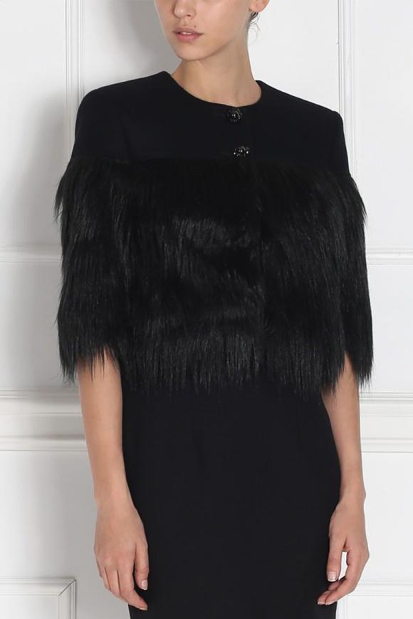 Jacheta neagra cu insertie din blana artificiala