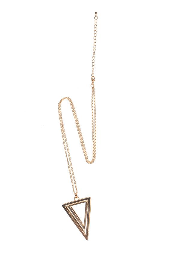 Colier auriu in forma de triunghi