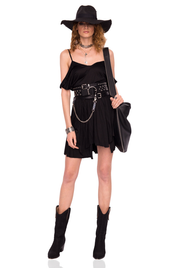 Cut-out shoulder evening dress