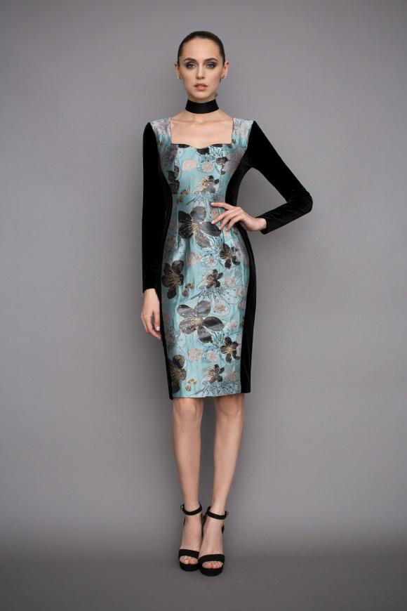 Midi dress in aqua print
