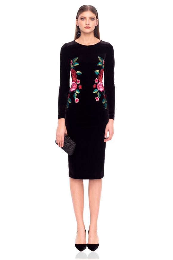 Velvet embroidered waist dress