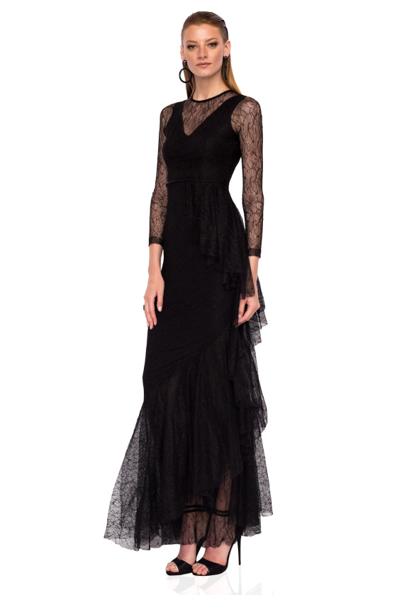 Lace maxi dress with side ruffle