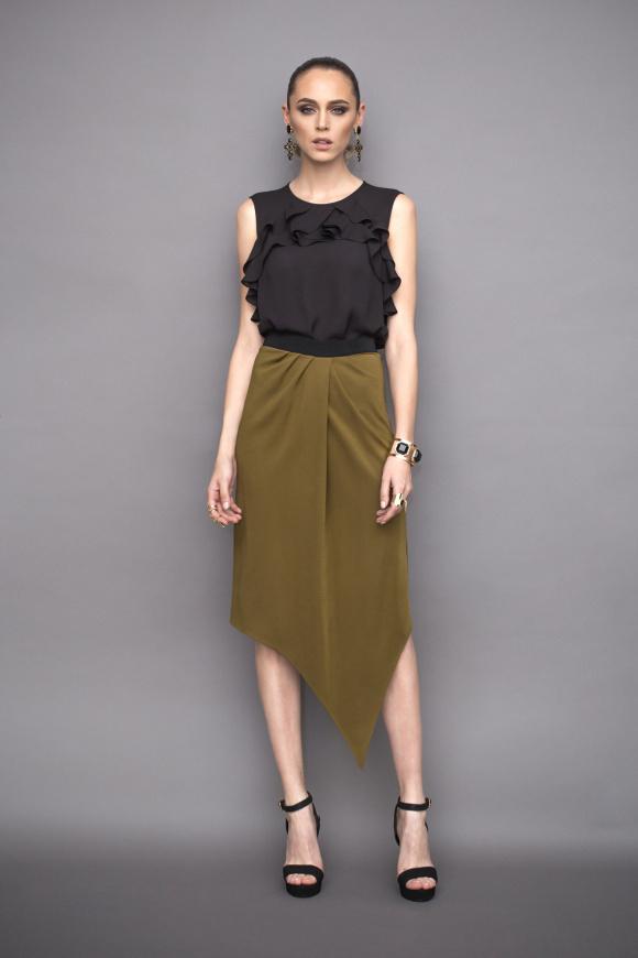 Elegant asymmetric skirt