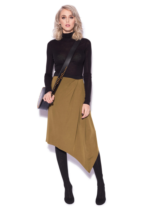 Elegant asymmetric skirt