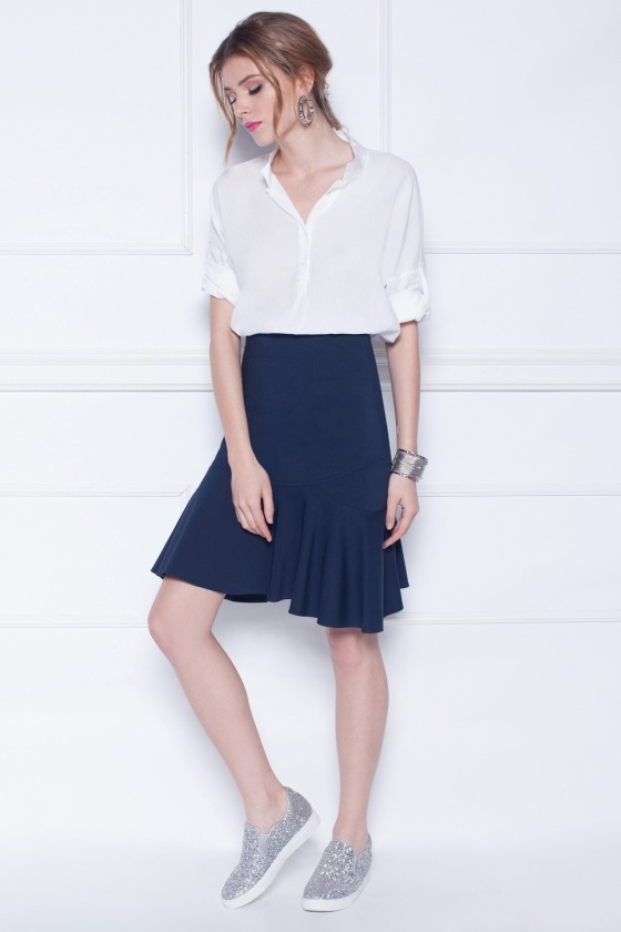 Rufflet navy skirt
