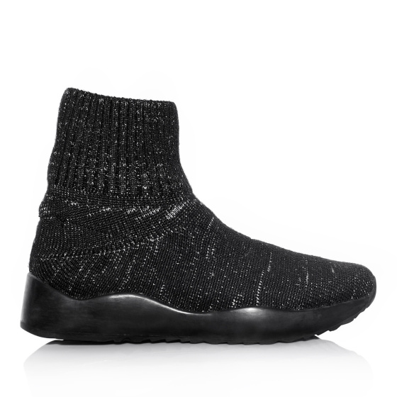 Knitted sport shoes