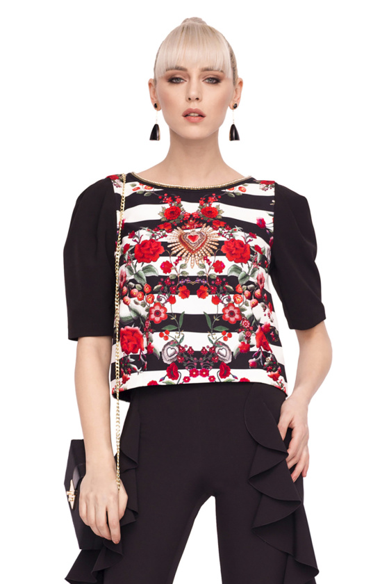 Top with puffed sleeves and print