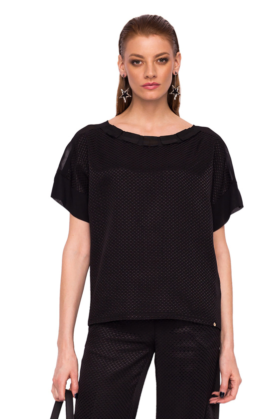 Loose top with neckline detail
