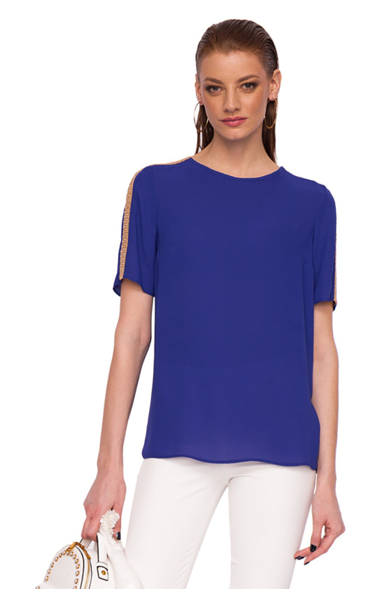 Short sleeved top with shoulder detail