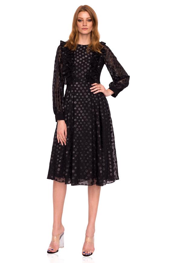 Clos dress made of shiny fabric