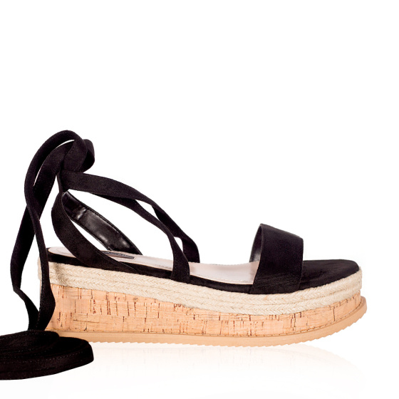 Sandals with thick sole