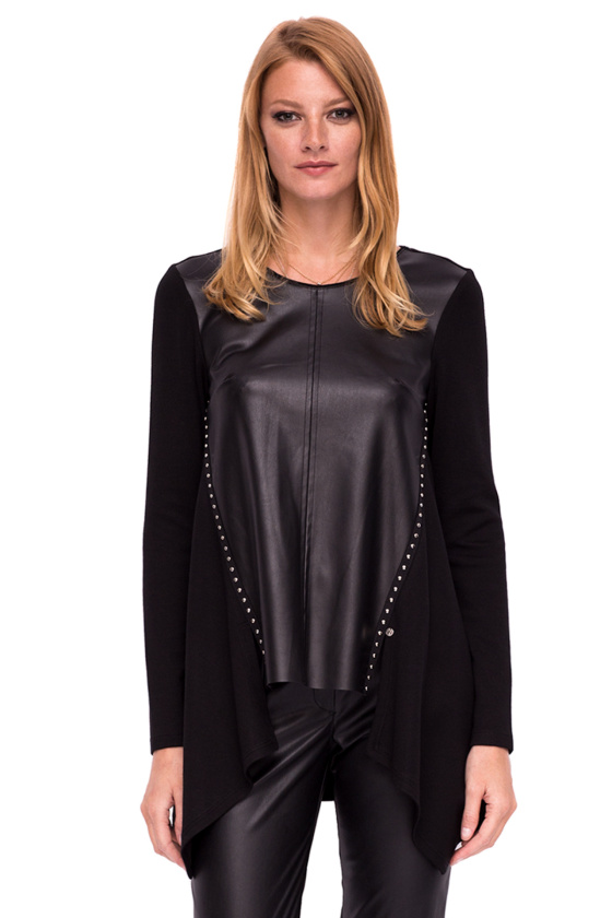 Loose top with ecological leather details