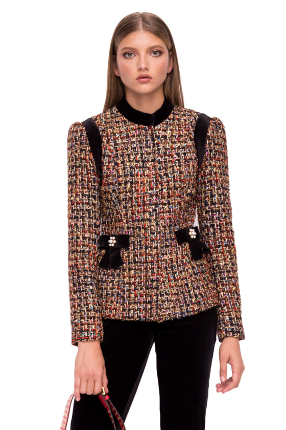 Jacheta cu aplicatii din catifea si detalii pe buzunare