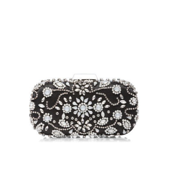 Elegant clutch with shiny stones
