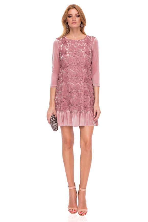 Midi velvet dress with lace detail