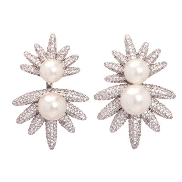 Cercei cu perle artificiale si cristale