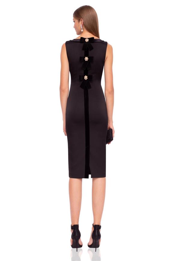 Midi dress with velvet details
