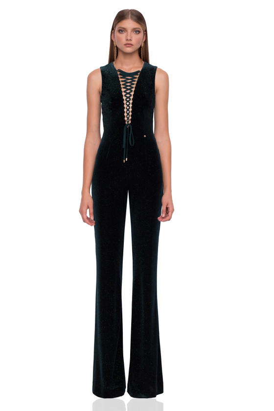 Velvet jumpsuit with detail on the neckline