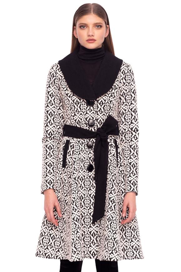 Palton clasic cu cordon in talie