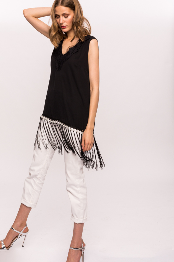 Top with fringes and pearls