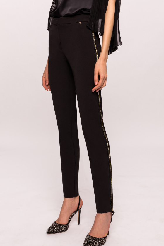Slim pants with precious side detail