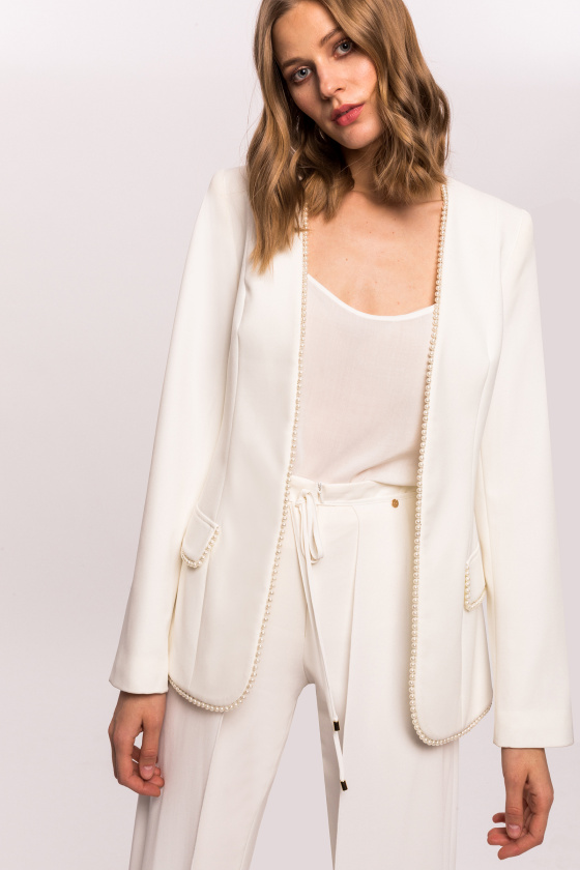 Jacheta cu detaliu tip perla