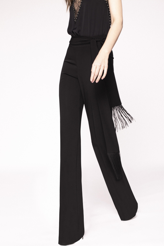 Straight trousers with waist detail