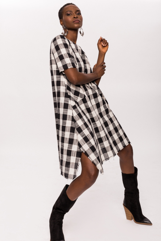 Asymmetrical cotton plaid dress