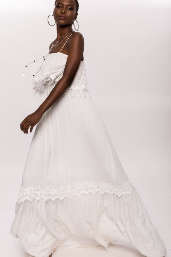 Viscose fringes and applied lace white dress