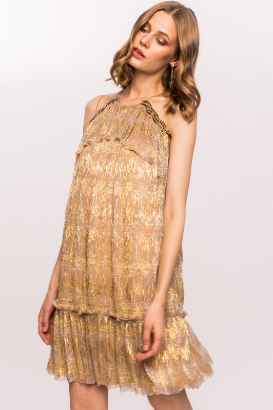 Swing golden dress with precious details