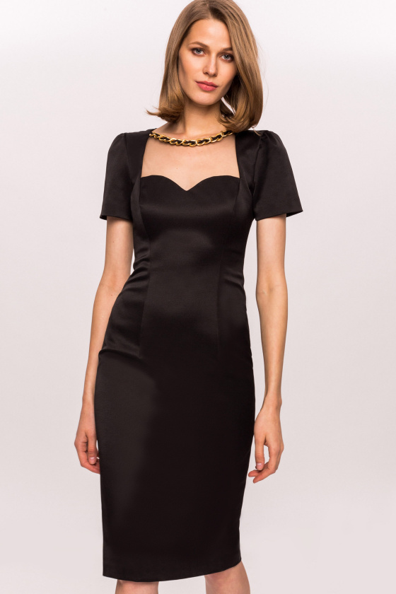 Bodycon dress with applied necklace