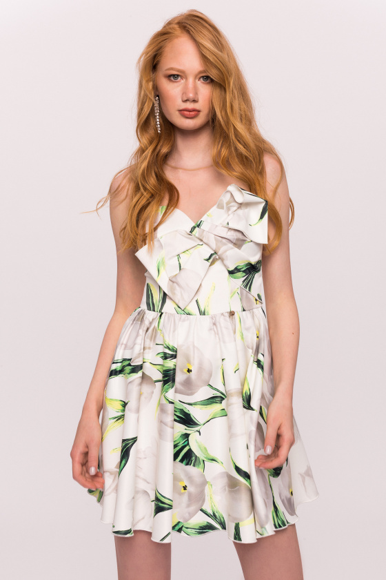 Floral print dress with chest detail