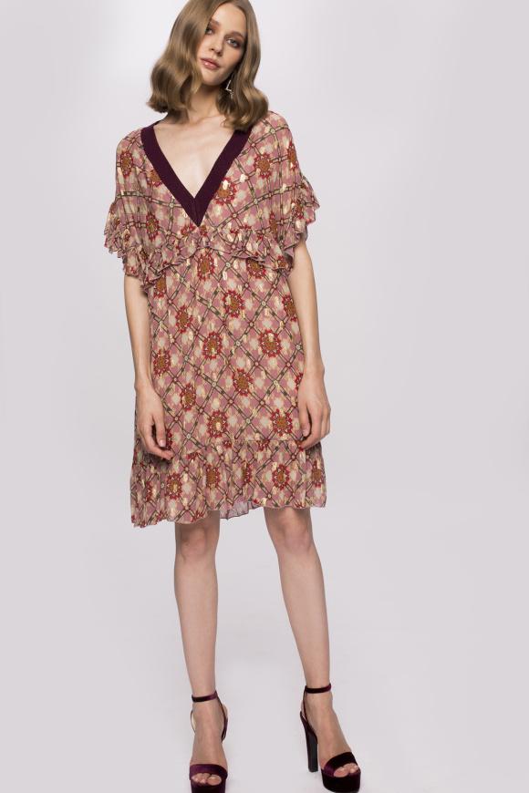 Rochie din vascoza cu guler contrastant