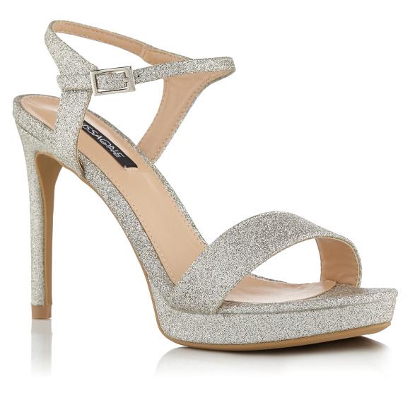 Sandale cu finisaj stralucitor in ton argintiu