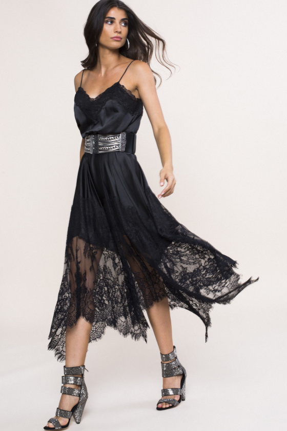 Lace trim satin-effect dress