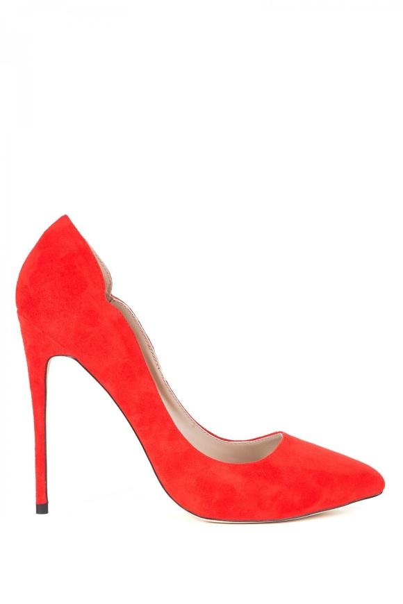 Pantofii stiletto din piele naturala