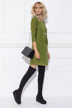 Silk dress with detailed pockets