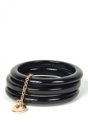 Black bracelet with golden chain