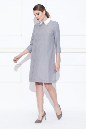Day dress with shirt collar
