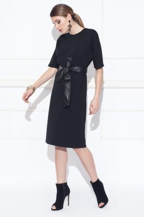 Day dress with waist belt
