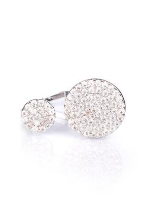 Elegant ring with stones