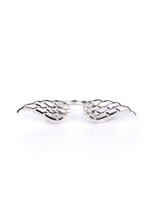 Wings shaped ring