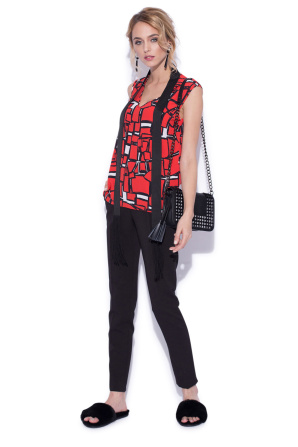 Geometric print top with scarf