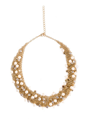 Necklace with shiny crystals and pearls