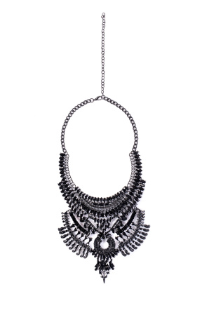 Black necklace with baroque details