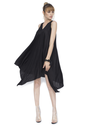 Asymmetric casual dress