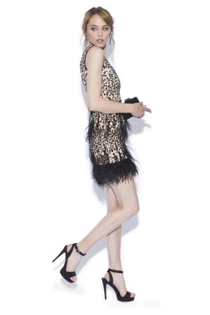 Rochie mini cu pene de strut